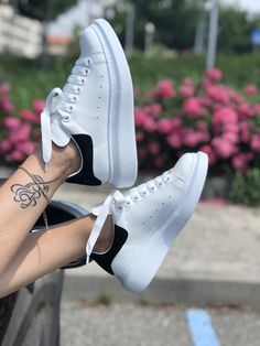 Be a shoelilles women. Her shoes speak Grace 💋💋 Check our Cloth page as well Colours- white black Happy shopping 🛍 Pretty Shoes, Cute Shoes, Nike Airmax 90, Alexandre Mcqueen, Sneakers Fashion, Fashion Shoes, Mcqueen Sneakers, Adidas Zx 750, Princess Shoes