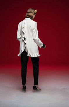 Undercover Fall 2020 Ready-to-Wear Collection Live Fashion, Fashion Show, Runway Fashion, Latest Fashion, Undercover, Science Fiction, Ready To Wear, Fashion Photography, Fall Winter