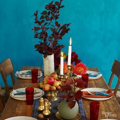 A long velvet runner keeps this special-occasion centerpiece well-defined.