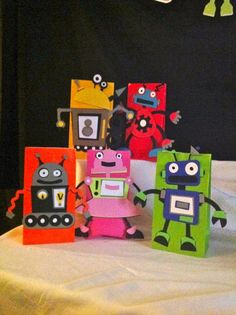 Robot Birthday Party Centerpiece by DreamComeTrueParties on Etsy, $15.00