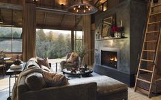 Farmhouse Style Home-Jennifer Robin Interiors-02-1 Kindesign