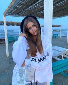 Son Luna, Ariana Grande, Rain Jacket, Windbreaker, Queen, Jackets, Instagram, Clipuri Video, Unicorn