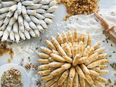 Walnut Cardamom cookies:These raisin-and-nut-filled cookies bear similarities to rugelach, but the dough is finer, crumblier, and shortbreadlike. Turkish Cookies, Greek Cookies, Cardamom Cookies Recipe, Lamb Patties, Cookie Recipes, Dessert Recipes, Baking Recipes, Easy Recipes, Dessert Ideas