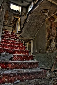 Staircase in the abandoned Marquis Hotel. Old Abandoned Buildings, Abandoned Mansions, Old Buildings, Abandoned Places, Urban Decay, Stairway To Heaven, Haunted Places, Ghost Towns, Stairways