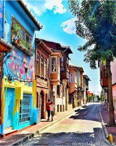 Kadırga, Fatih.. Istanbul.. Türkiye Painted Vans, Turkish Art, Dream City, Istanbul Turkey, Travel List, Antalya, Places To Go, Beautiful Places, Europe