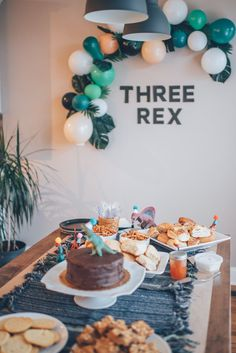 boy birthday parties It's only a month later, but I finally got around to sharing about Cove's Three Rex Party. It was such a sweet birthday because he really understood everything 3 Year Old Birthday Party Boy, 3rd Birthday Party For Boy, Birthday Themes For Boys, Dinosaur Birthday Party, Birthday Party Themes, Birthday Decorations, Color Bordo, Party Ideas, Party Party