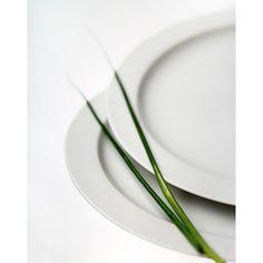 "Julia Blank  Abschlussarbeit - Serie ""Still""  Insta: @juliablankphotography  Web: www.juliablank.com  __________________________  #lazi #laziphotodesign #Stuttgart #professional #photography #design #academy #filmphotography #filmisnotdead #ishootfilm #filmcamera #staybrokeshootfilm #believeinfilm #buyfilmnotmegapixels #istillshootfilm #filmisalive #shotonfilm #filmcommunity #grainisgood #keepfilmalive #filmfeed #thirtyfivefuckingmillimeter #analogue #analoguevibes #analog #analogfeatures…"