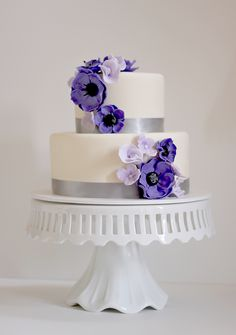 Blog     Award winning designer cakes, cupcakes and dessert table creations.   Page 16
