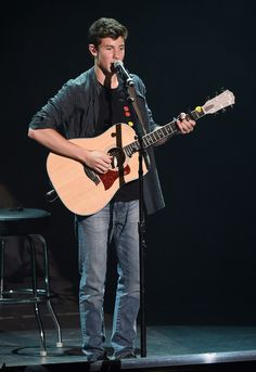 Shawn Mendes Photos - Performances at The Joint - Zimbio