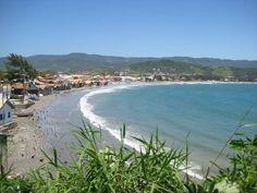 Garopaba, Santa Catarina (SC) por Sabrina Porcher #beach #praia #Garopaba #SantaCatarina #Brasil #Brazil #nature #natureza #paisagem #mar #ceuazul