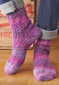 Crochet Twisting Lace Sock  Free Ravelry Pattern