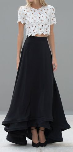 Fashion Ideas for Long Skirt, the-long-long-skirt/ I would like this in a different color. I have way too many black skirts. Skirt Outfits, Dress Skirt, Dress Up, Silk Skirt, Dress Lace, Lace Dresses, Latest Fashion Clothes, Fashion Outfits, Womens Fashion