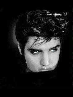 There are no words for how beautiful and handsome this man was. He just exudes sexiness. Elvis Presley Hair, Los Mejores Tattoos, Memphis Mafia, Elvis Presley Pictures, Most Handsome Men, Graceland, Country Boys, Aging Gracefully, Music Love