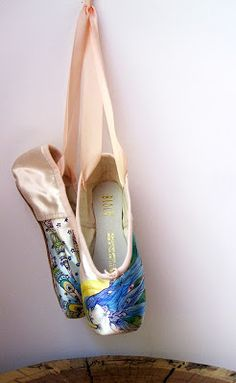 Kite Flyer Art; hand painted ballet pointe shoes; peacock