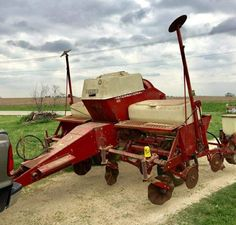 1544 best only red tractors images on pinterest international ih cyclo air 400 4 row planter freerunsca Images