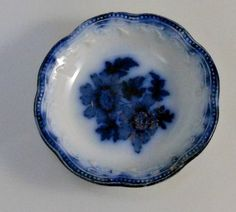 Wood and Sons Enoch England Flow Blue Butter Pat Chip Sevres