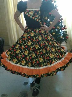 Beautiful Dresses, Vintage Outfits, Floral, Skirts, Clothes, Fashion, Party Dress, Dog Dresses, Flowergirl Dress