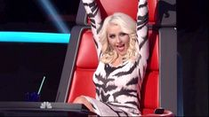 The Voice – Season 2, Episode 10 – 'The Voice' performance rounds kick off with the top singers from Christina Aguilera and Blake Shelton's teams battling against each other.