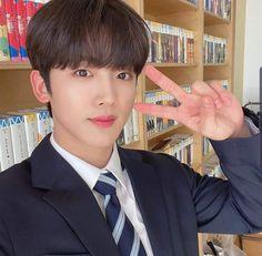my boyfriend 💕 Yohan Kim, Living In Korea, Korea Boy, Drama Korea, Cnblue, Ulzzang Boy, Kpop Boy, Aesthetic Girl, Korean Singer