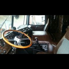 Big Rig Trucks, New Trucks, Ford Trucks, Semi Truck Parts, Truck Interior, Interior Doors, Interior Design, Freightliner Trucks, White Truck