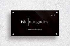 Isla Abogados – http://www.zocoestudio.com/portfolio_page/isla-abogados/