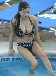Ewa Sonnet - black squiggle-pattern bikini - outdoor pool
