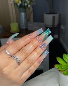 Mint Acrylic Nails, Pink Acrylic Nail Designs, Acrylic Nail Tips, Square Acrylic Nails, Crystal Nails, Clear Nails, Sweet 16 Nails, Teen Nails, Shiny Nails