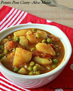 Potato Peas Curry/ Aloo Matar A quick and easy meal. I would not microwave peas, however--would probably steam them instead.