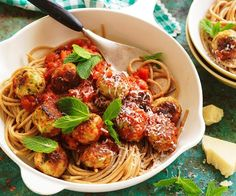 The addition of fresh mint, peas and ricotta adds a wonderfully fragrant and creamy note to these delicious chicken meatballs. Served in a rich tomato sauce over fresh pasta, it makes a great family meal. Mince Recipes, Pork Recipes, Savoury Recipes, Quick Recipes, Pasta Recipes, Chicken Recipes, Healthy Recipes, Ricotta Meatballs, Chicken Meatballs