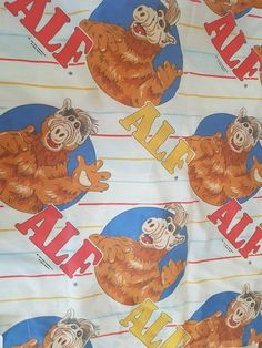 4868782a Retro 1980's ALF Flat Sheet Twin Size, Alien, 80's Cartoon, Gordan Shumway,  Alien Productions 1987, sold for UPCYCLE fabric