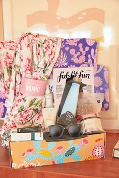 Subscription Box for Moms-Why I love Fabfitfun Fabfitfun box, a treat for moms!Fabfitfun box, a treat for moms! Fab Fit Fun Box, Best Subscription Boxes, Free Mom, Mom Advice, My Spring, Do It Yourself Home, Christmas Morning, Gift Guide, Things To Think About