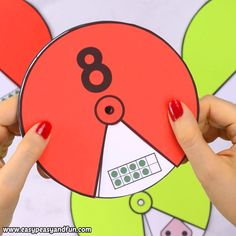 Printable Number Spinners 1 to 20 – Number Sense These printable number spinners with numbers from 1 to 20 are really easy to set up and fun to explore. The post Printable Number Spinners 1 to 20 – Number Sense appeared first on Pink Unicorn. Preschool Learning Activities, Alphabet Activities, Toddler Activities, Preschool Activities, Math For Kids, Crafts For Kids, Diy Crafts, Kids Diy, Decor Crafts