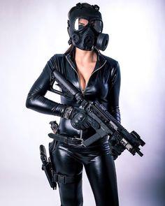 Masked SMG Gal