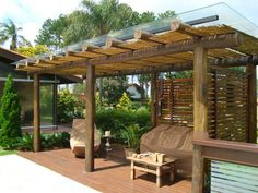Gazebo en estilo tropical.