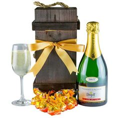 Gift Hampers, Label, Australia, Search, Gifts, Gift Baskets, Presents, Searching, Favors