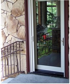 Embrace the seasons with phantom retractable screens for Marvin screens