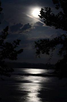 Tower Rock whirlpool full moon 07 22 2013