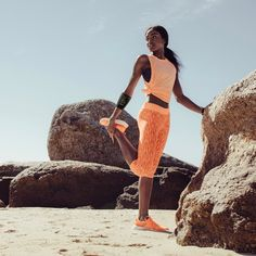 """""""🏃♀️Meet your new fitness partner. is a new kind of connected wearable that lets you use your fitness apps and stream your music, without weighing you down on your run. Your Music, You Fitness, Palm, Two Piece Skirt Set, Meet, Twitter, Hand Prints"""