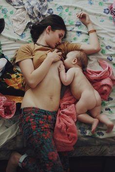 El colecho facilita la lactancia materna / Co-Sleeping + Breastfeeding