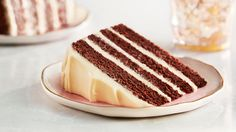 Chocolate Hazelnut Carrot Cake via Lindt Everyday Excellence – where chocolate lovers get inspired with recipes, DIY crafts and tips.