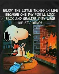 I wish you a comfortable Saturday. – Peanut Gang / Snoopy & Woodstock Source by Charlie Brown Christmas, Charlie Brown And Snoopy, Peanuts Christmas, Christmas 2016, Merry Christmas, Peanuts Cartoon, Peanuts Snoopy, Peanuts Comics, Saturday Morning Quotes