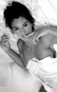 BABY, TIME TO CHANGE THE SHEETS AGAIN. STIMULATING MY G, IS WILD. ONLY YOU HAVE SUCH A PERFECT WAY OF DOING THAT TO ME. CERTAINLY NOT COMPLAINING, JUST OUTRAGEOUS. LOVE IT LOVE IT, BUT WE NEED TO BUY EXTRA SETS OF SHEETS. LMAO XXXOOO. Monica Bellucci -M4U-