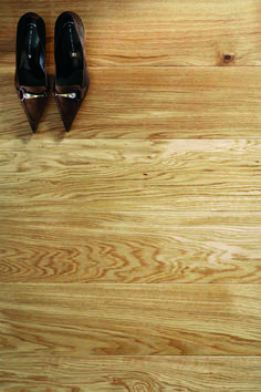 Natural Oak Lacquered - Tuscan Flooring