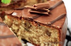 This coffee sponge cake recipe is made with chopped walnuts and topped with a chocolate icing sugar frosting. Coffee Sponge Cake Recipe from Grandmothers Kitchen. Sponge Cake Recipes, Fudge Recipes, Frosting Recipes, Dessert Recipes, Sugar Frosting, Coffee Sponge Cake, Coffee Cake, Yummy Treats, Delicious Desserts