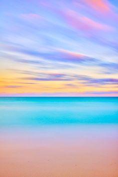 vibrant pastel ocean horizon