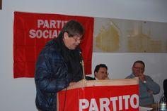 Enrico Scoccati durante il suo intervento al Congresso del Partito Socialista di Alessandria.