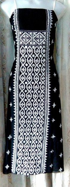 Hand Work Embroidery, Indian Embroidery, Ribbon Embroidery, Embroidery Stitches, Machine Embroidery, Handmade Embroidery Designs, Embroidered Kurti, Kutch Work, Herringbone Stitch