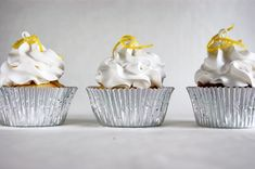 Lemon cupcakes with meringue