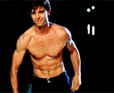 Jason Behr as Max Evans on ( Jason Behr, Teen Movies, Movie Tv, Beautiful Boys, Gorgeous Men, Roswell Tv Series, Roswell New Mexico, Raining Men, Baby Daddy