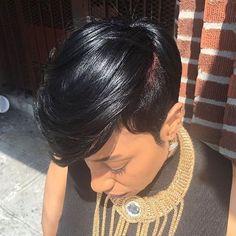 STYLIST FEATURE| Gorgeous #haircut @angiehairstudio ✂️| #shorthair #brooklynstylist #voiceofhair ✂️========================== Go to VoiceOfHair.com ========================= Find hairstyles and hair tips! =========================